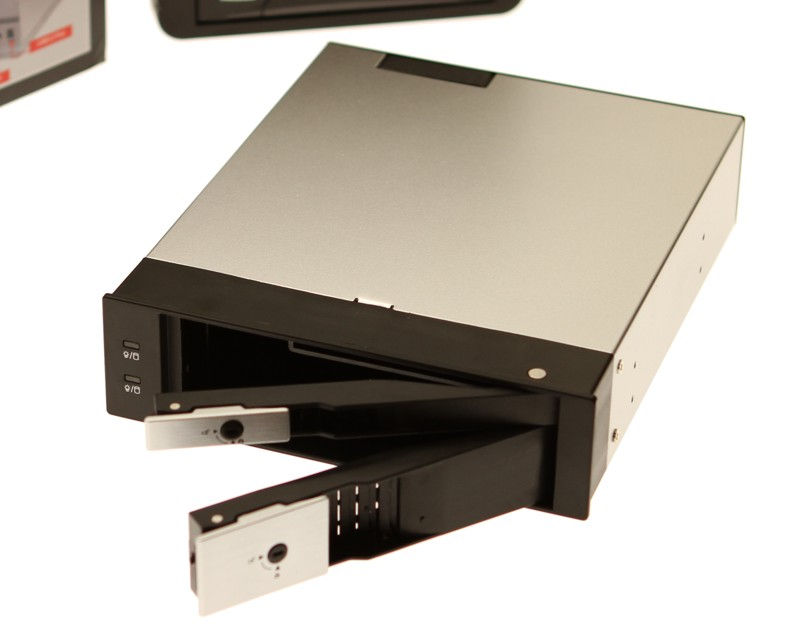 DuoDrive QUICKSWAP SATA MOBILE RACK for 2.5 and 3.5 Inch Drives Only $27.98  at USBGear.com