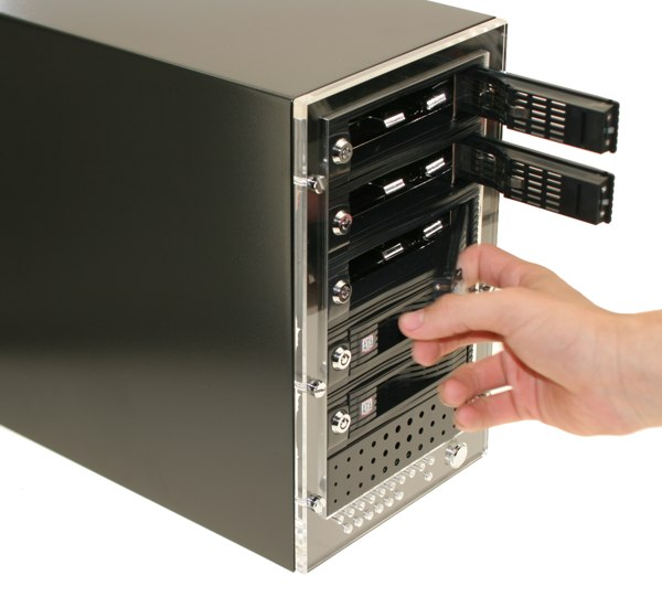 SATA II Port Multiplier 5-Bay 5-SATA HDD Removable Rack QickSwap System Sil3726 - Image A