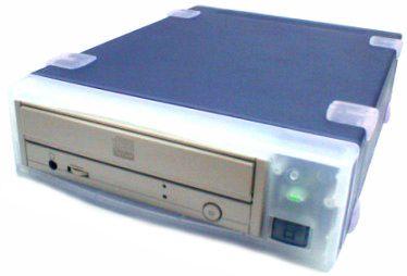 USBGear Portable External CD-RW Drive 4x4x24